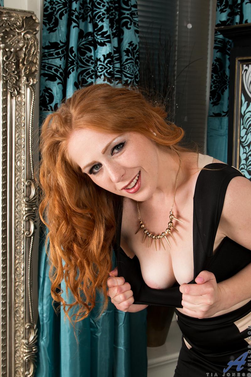 Hairy Mature Redhead Milf Tia Jones With Blue Eyes