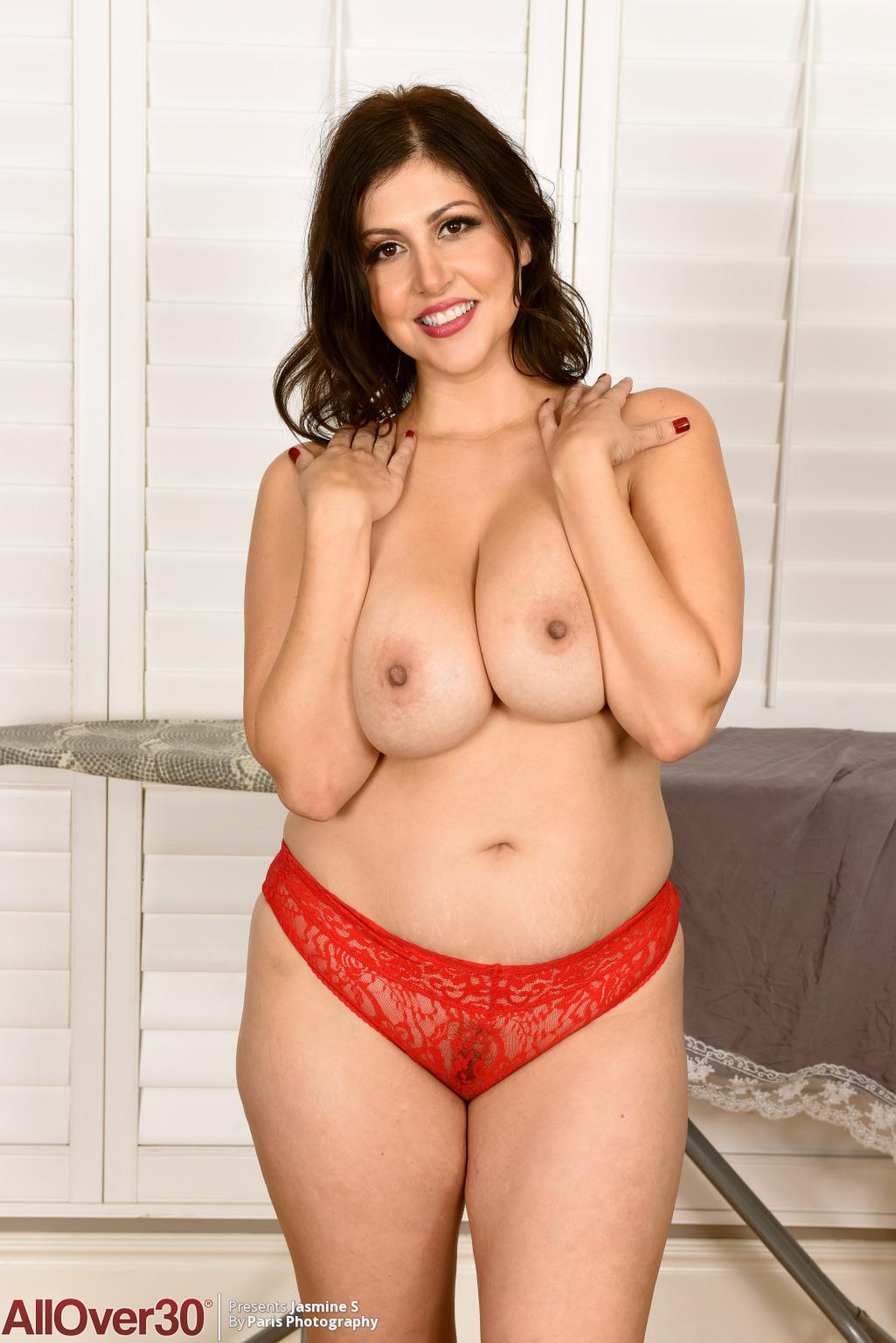 Jasmine milf